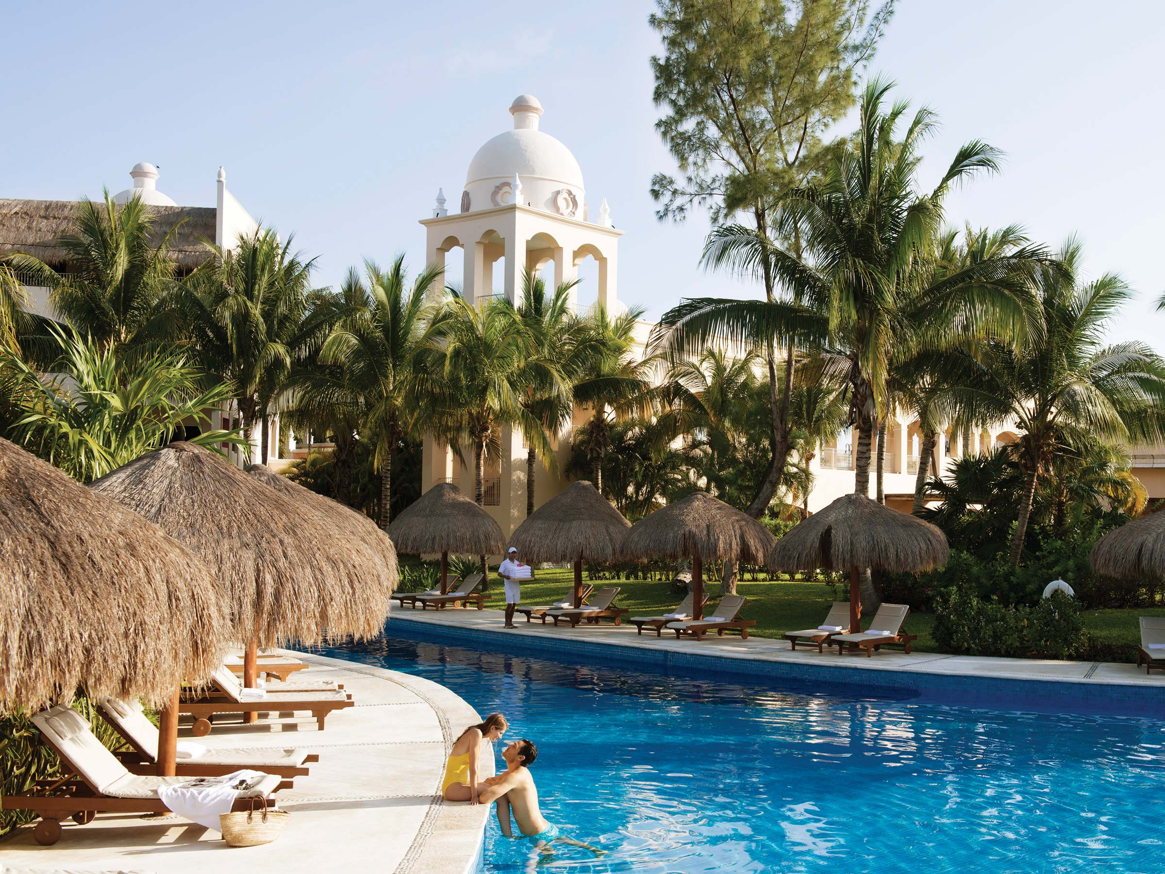 Excellence Riviera Cancun Has Vacation Deals to Riviera Maya Mexico for Your Next Stay