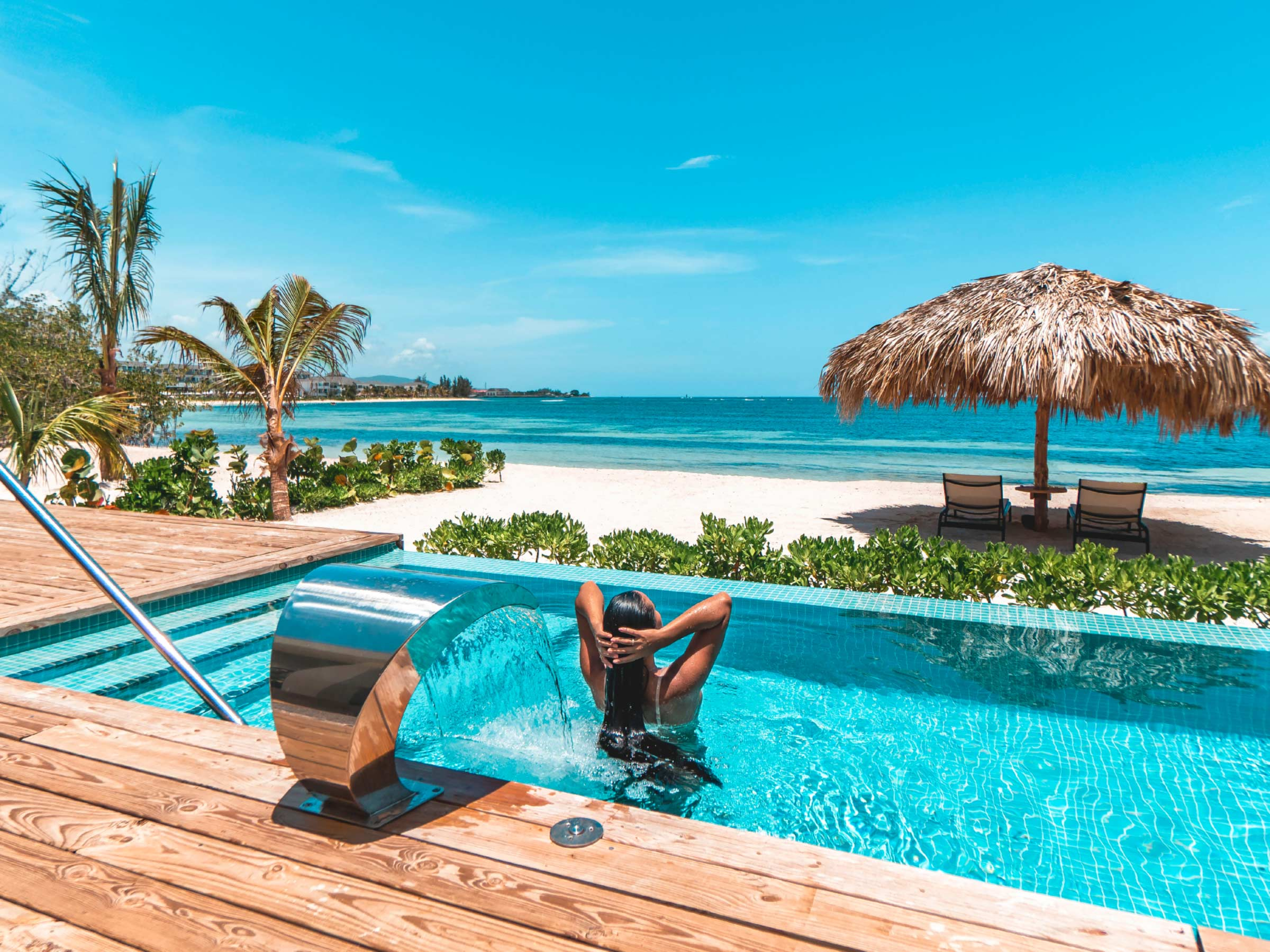Deals on Private Beach Villas in Jamaica